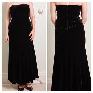 Jessica McClintock Strapless Velvet Vintage Dress